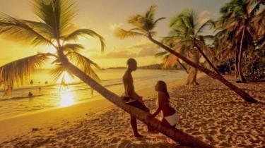 plage et couple